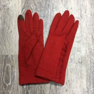 ModCloth red tech gloves.
